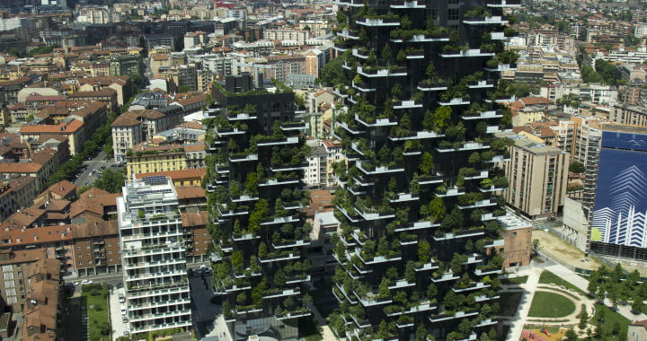 Bosco_Verticale_from_UniCredit_Tower,_Milan_(17591709258)